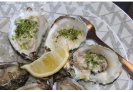 Huîtres Gratinées à la laitue de mer et à l'échalotte